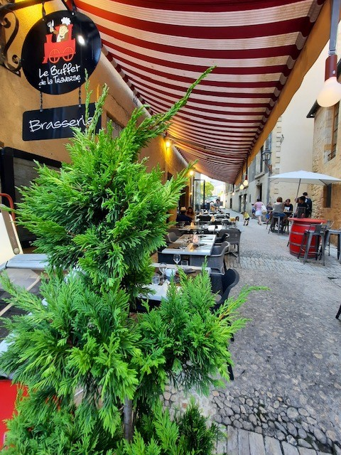 terrasse-buffet-traverse